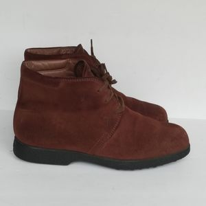 Tods Suede lace up Ankle Chelsea Boots